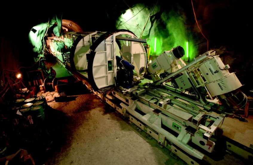 Inclined shaft TBM – assembly; Linth-Limmern pump-storage plant