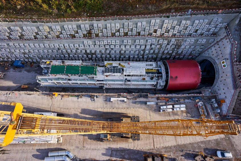 Mixshield TBM – assembly for rock drive; Eppenberg tunnel